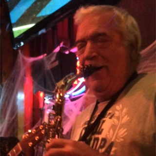 Aortic aneurysm patient playing the saxophone